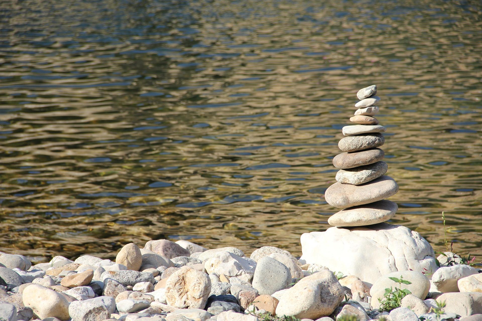 stone-984483_1920